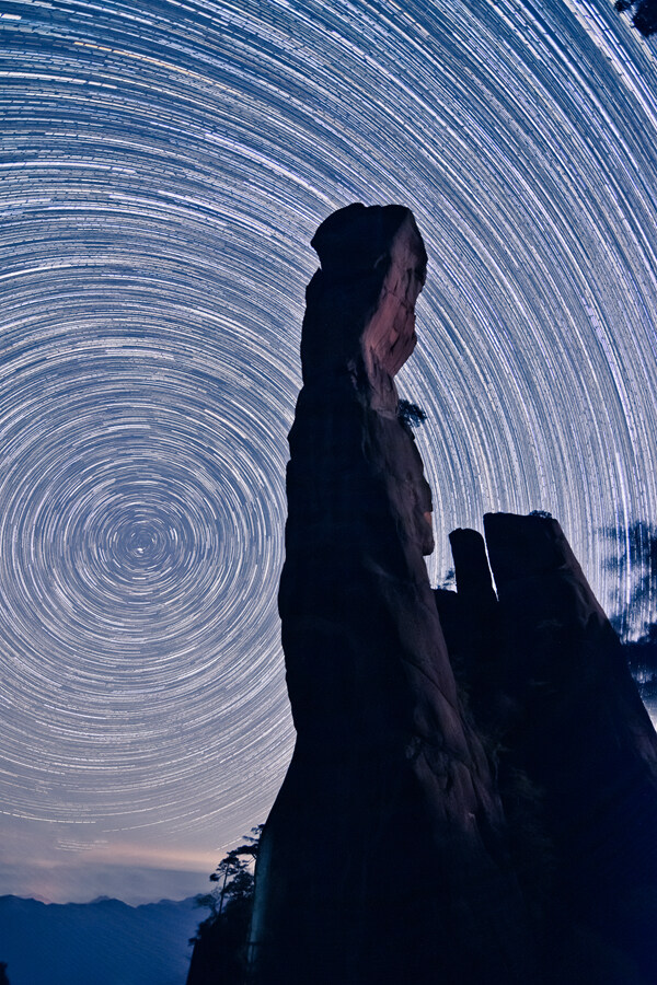 巨蟒星轨.jpg